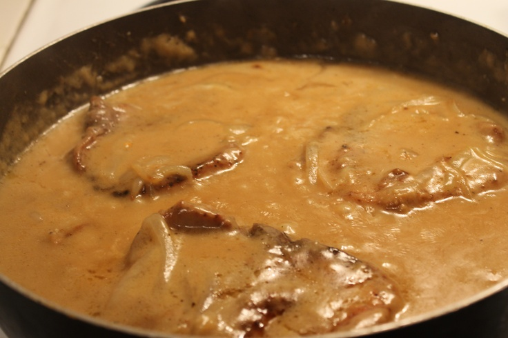 Easy Smothered Pork Chops Recipe
