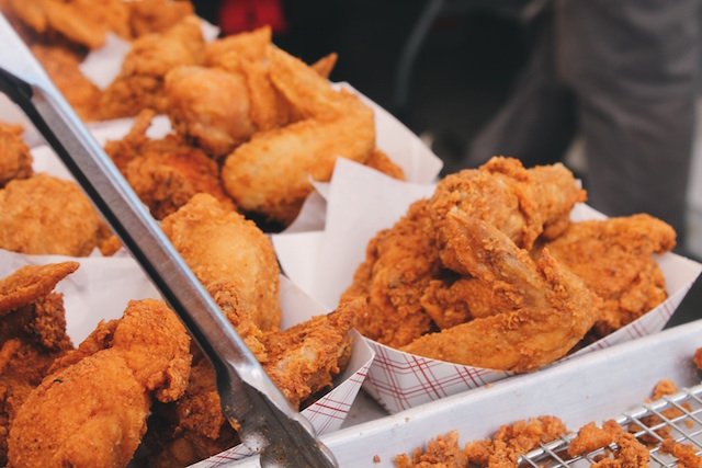 Chicken recipes secrets to cooking perfect chicken fried chicken wings forumfinder Images